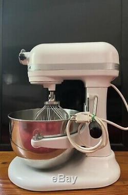 KitchenAid Professional 600 6-Quart Stand Mixer White With Nice Mixer Cover