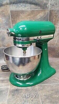 KitchenAid Ultra Power KSM90 300W Tilt-Head Stand Mixer -With Bowl. Green
